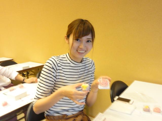 http://www.koshiyamakanseido.jp/wagashi_photo/DSC02779.JPG