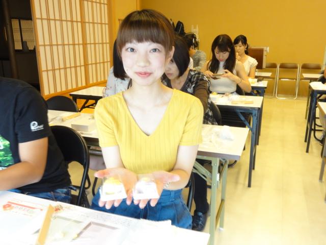 http://www.koshiyamakanseido.jp/wagashi_photo/DSC03017.JPG